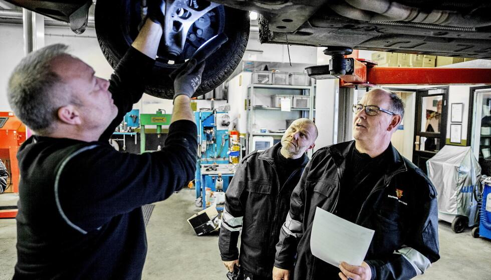 TILBAKEKALLES: Hver eneste uke tilbakekalles det biler for feilretting. Er vi test crash-dummies? Foto: Bjørn Langsem / Dagbladet