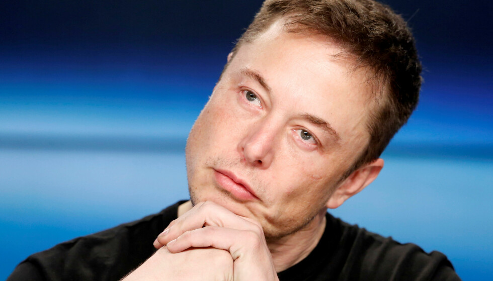 STOPPER SALG: Nå stoppes salget av alle Teslaer med 75 kWt batteri, tvitret Tesla sjef Elon Musk i natt. Foto: REUTERS