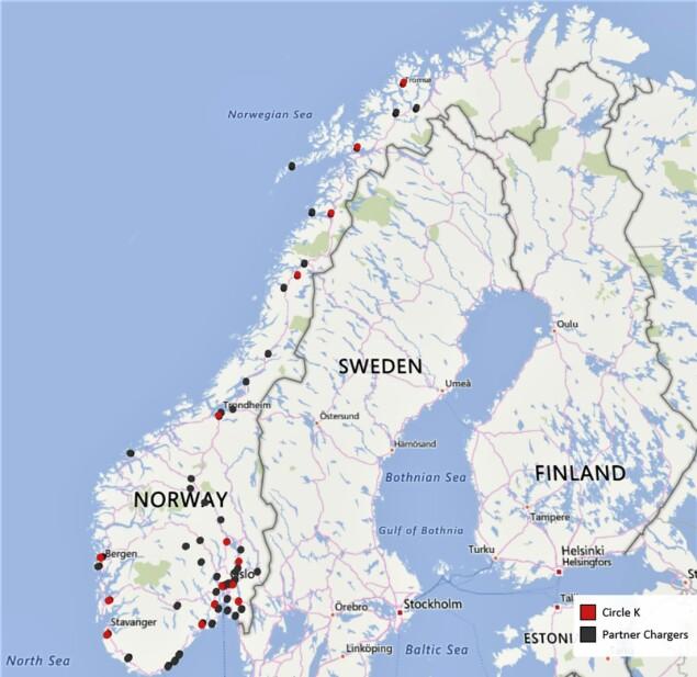 GRATIS LADING: De røde prikkene indikerer Circle K sine egeneide ladere. Foto: Circle K.