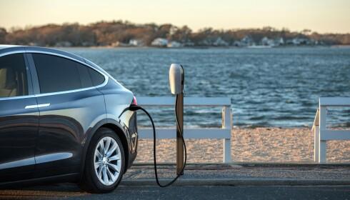 DESTINASJONSLADERE: Tesla vil inn i borettslag og andre tettbebygde steder. Foto: Tesla