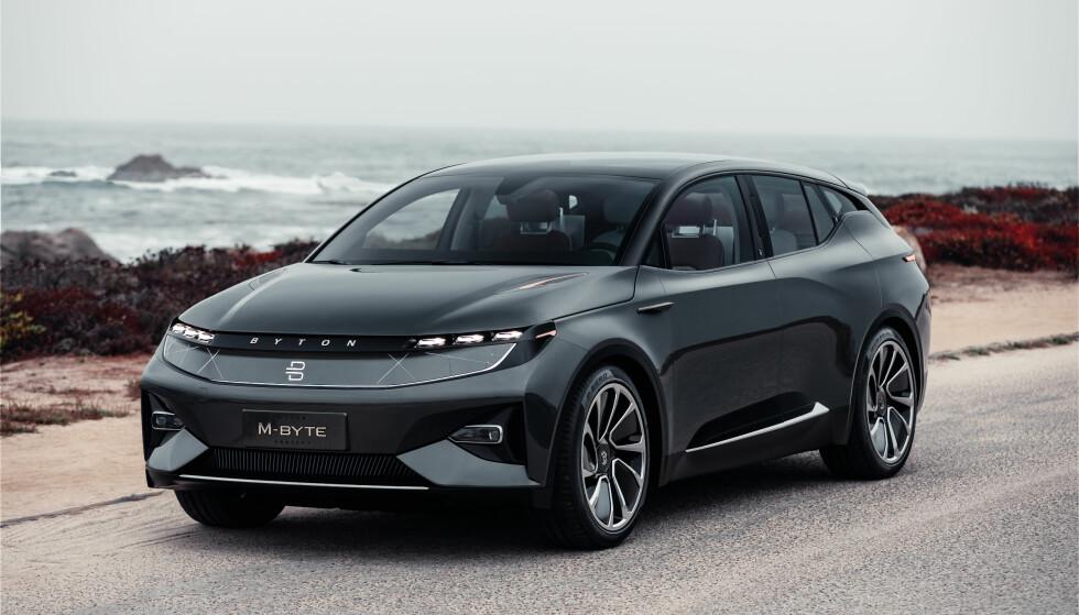 HØYTEKNOLOGISK: Den nye M-Byte fra Byton kan bli en sterk konkurrent til Tesla Model 3. Foto: Byton.