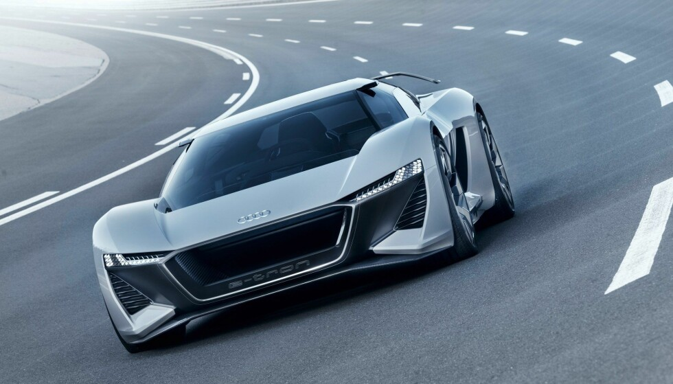 RASK: Bilen skal kunne akselerere fra 0 til 100 km/t på 2 sekunder. Foto: Audi