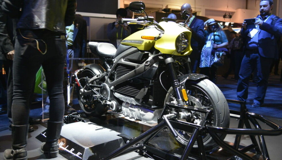 EL-MOTORSYKKEL: Flere elektriske motorsykler er på vei inn på markedet. Harley-Davidsen LiveWire er en av de. Foto: Jamieson Pothecary.