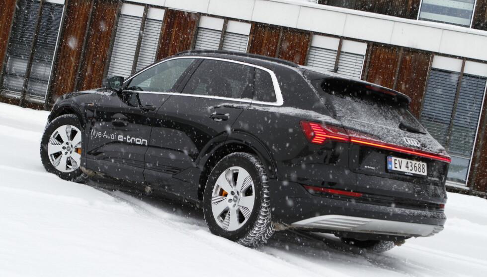 SÅ LANGT: VI har testet forbruk og rekkevidde på nye Audi e-tron i vinterlige forhold. Foto: Fred Magne Skillebæk
