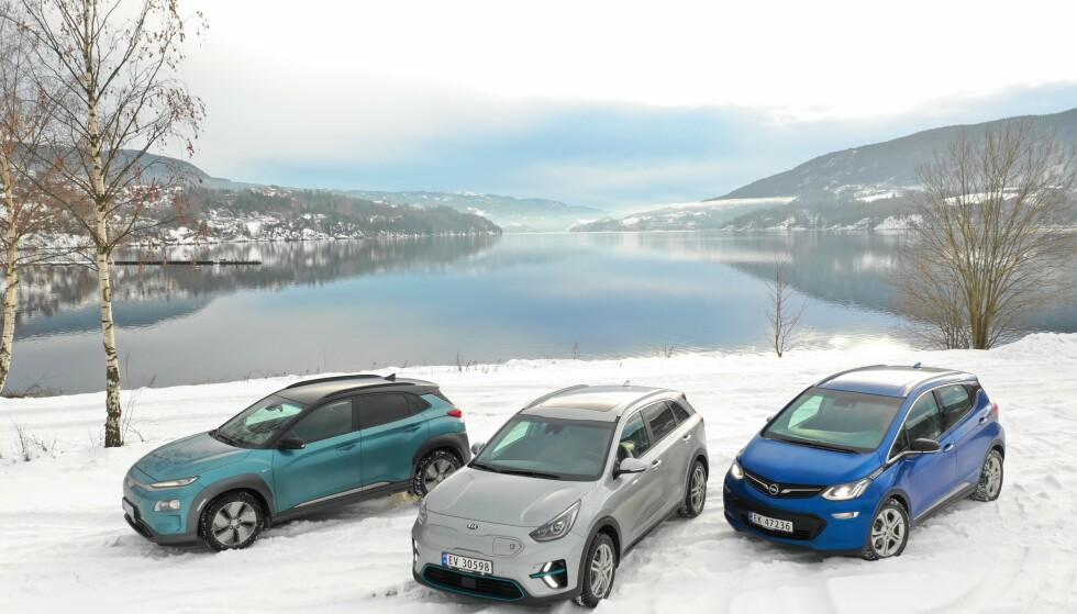 I KRIGEN: Hyundai Kona, Kia e-Niro og Opel Ampera-e. Hvilken skal du velge? Foto: Fred Magne Skillebæk