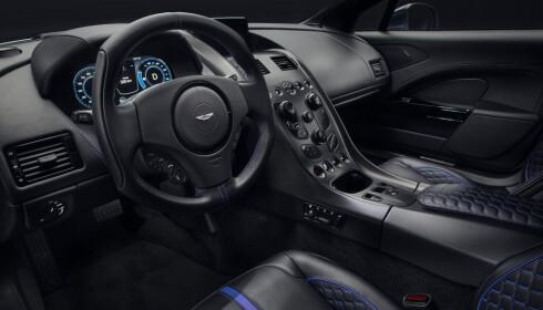 LUKSERIØS: Bilen skal, ifølge prdusenten, ha et lukseriøst preg på interiøret. Foto: Aston Martin