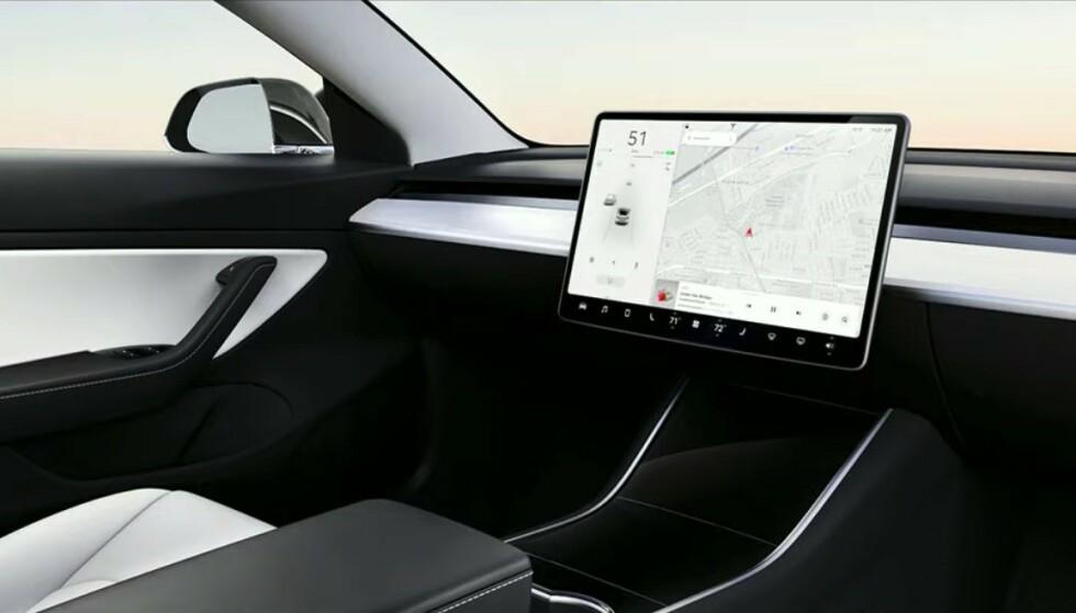 FREMTIDEN: Tesla skal kunne kaste rattet om allerede to år, mener Elon Musk. Foto: Tesla