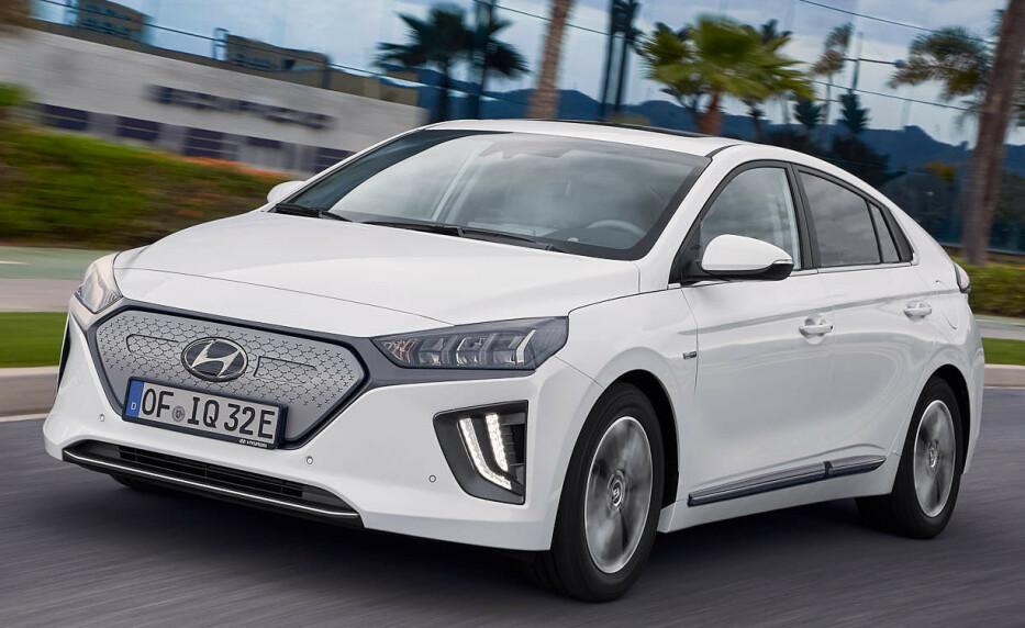 ANSIKTSLØFTNING: Nye Hyundai Ioniq har fått en ansiktsløftning, både innvendig og utvendig. Foto: Hyundai