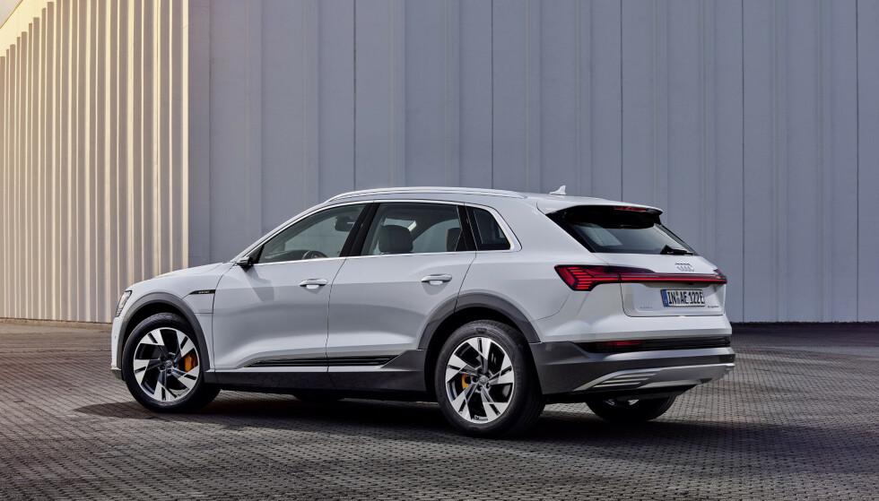 HELT LIK: Karosseriet er det samme. Foto: Audi