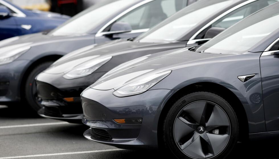 KLAGEREKORD: Aldri før har Tesla fått så mange klager til Forbrukerrådet som første halvår 2019. Foto: NTB Scanpix