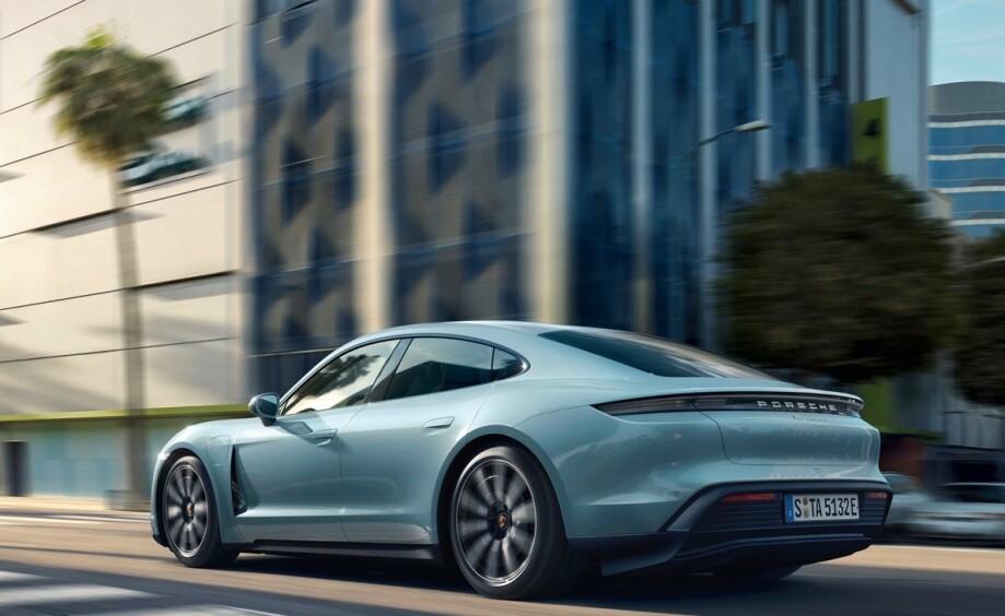 STILFULL: Porsche har laget en ny modellidentitiet for Taycan, som samtidig er tro mot merkeidentiteten. Foto: Porsche