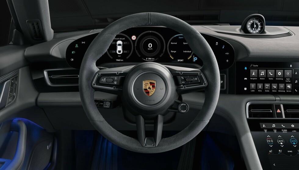 KJENT STIL: Interiøret i 4S er det samme som i de kraftigere utgavene. Foto: Porsche