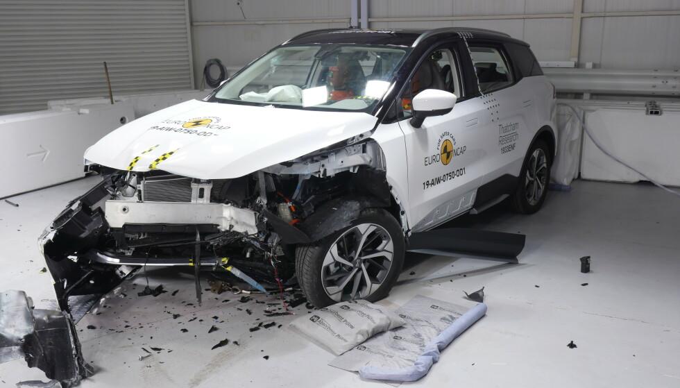 BRA: Frontkollisjoner var testen der bilen gjorde det best, med noe trekk for at panseret ikke trakk seg nok tilbake i fotgjengertestene. Foto: Euro NCAP