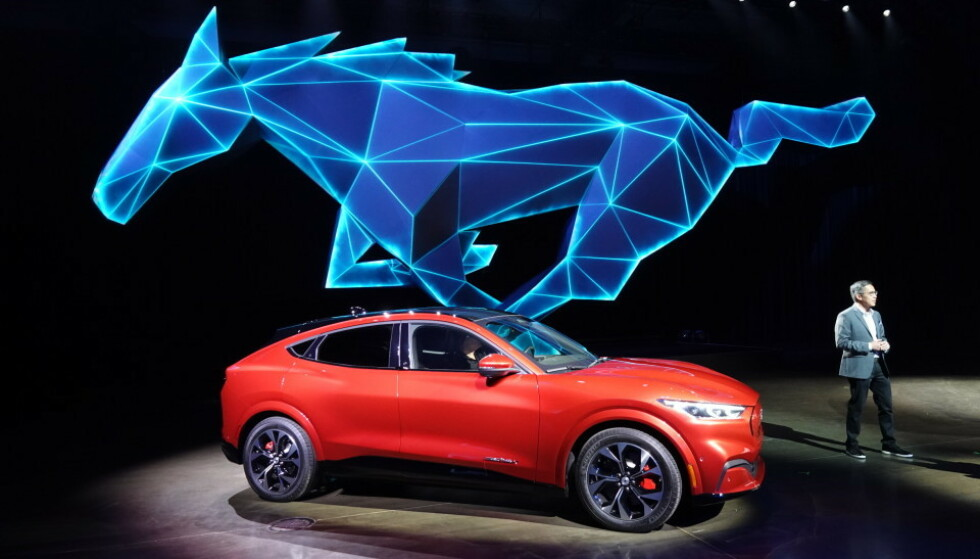 MULIG STORSELGER: Ford Mustang Mach E kan bli en storselger, og Ford lover nok biler til alle som vil ha. Foto: Fred Magne Skillebæk