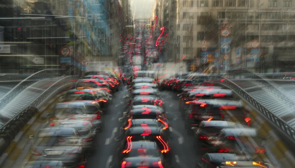 DYRT: Det vil være kostbart å tvangsinnføre elektrifisert veitrafikk. Foto: NTB Scanpix