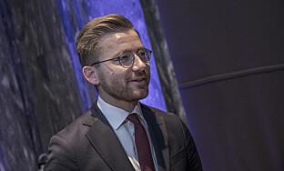 Klima- og miljøminister Sveinung Rotevatn (V) vil ikke beklage den vanskelige situasjonen overfor de frustrerte hydrogenbileierne, men har heller ingen planer om å skrote satsingen på hydrogen. Foto: Ole Berg-Rusten / NTB scanpix
