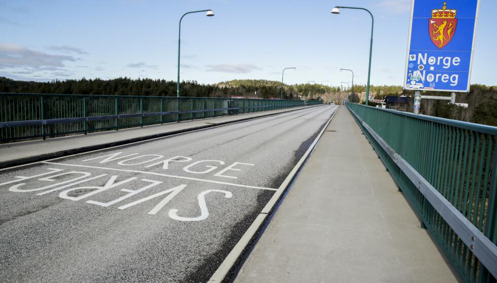 ØKTE KONTROLLER: Statens vegvesen er hyppig på plass på grensen mellom Norge og Sverige. Foto: Scanpix Foto: Vidar Ruud / NTB scanpix
