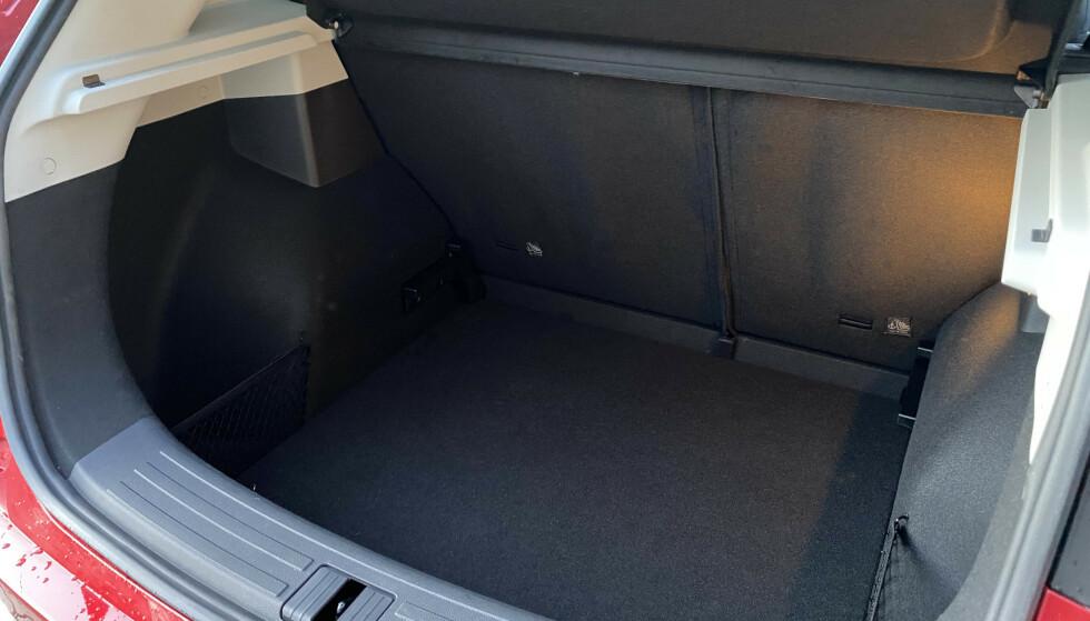 DYPT: Og nettopp dybden er med på å skape de 470 literne bagasjerommet rommer. Foto: Fred Magne Skillebæk
