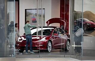 Tesla tjener enormt på andre bilprodusenter