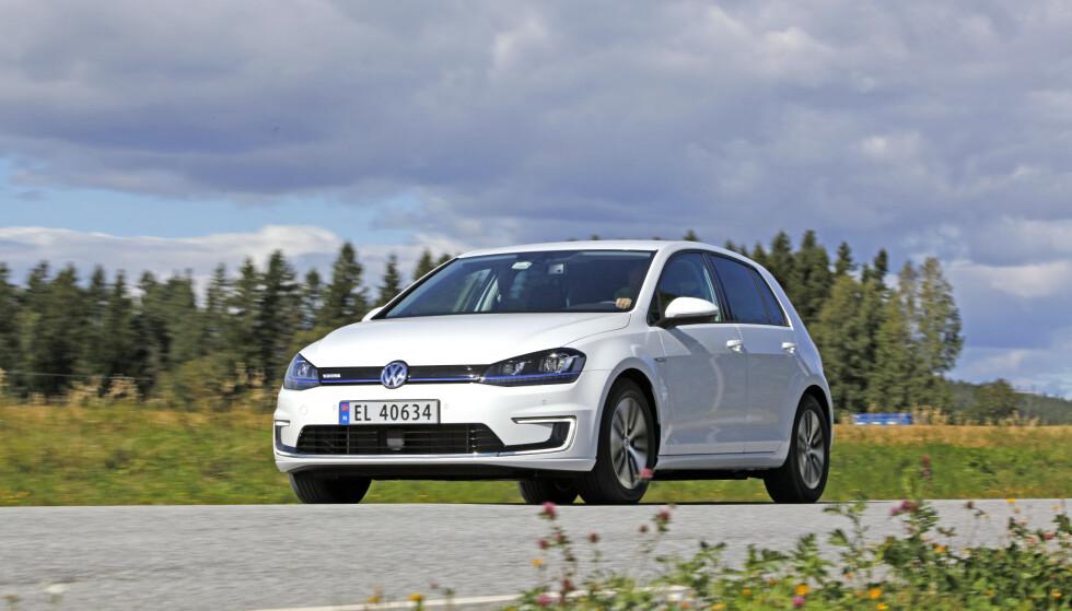 PÅ SISTE VERSET: VW e-Golf er snart på vei ut av produksjonen, men topper likevel registreringsstatistikken for andre måned på rad. Foto: Jamieson Pothecary