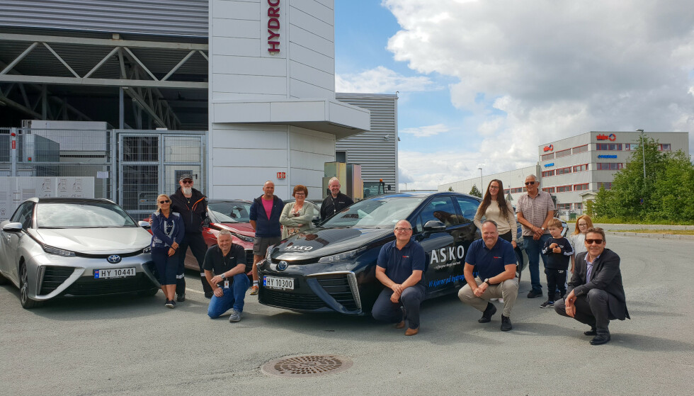 STORKUNDE: Asko Midt-Norge har hamstret tretten hydrogendrevne Toyota Mirai.