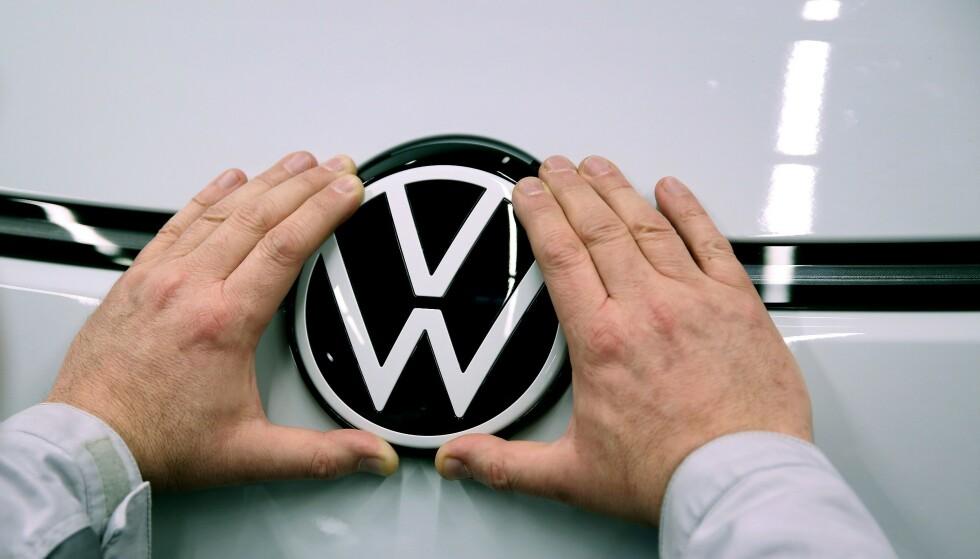 STORSATSING: VW-konsernet er klar på hvilken retning selskapet skal ta. Foto: Ronny Hartmann / AFP)