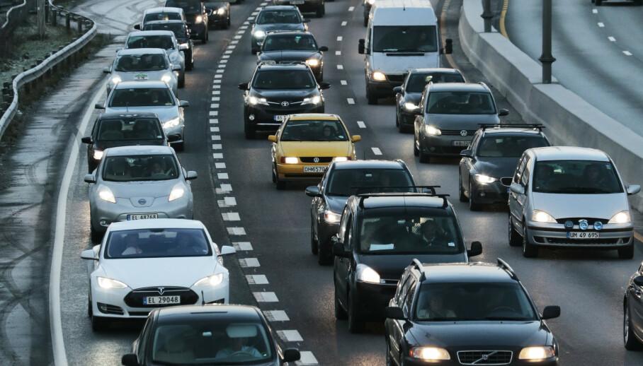 Stadig flere velger å kjøpe seg elbil. Foto: Lise Åserud / NTB scanpix