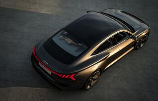 Lyden av en elektrisk sportsbil