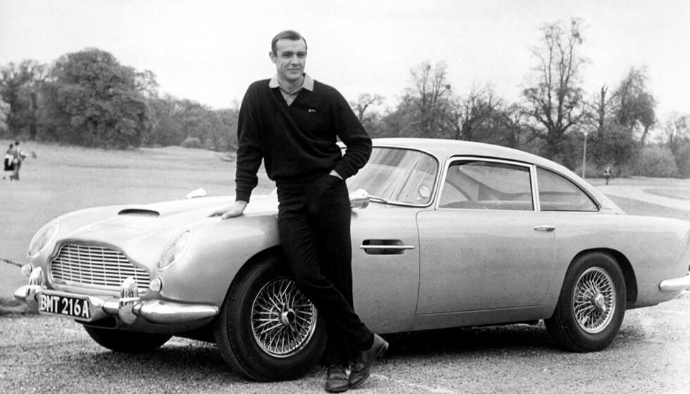 BOND-BILEN: DB5 er blitt den ultimate Bond-bilen. Sean Connery kjørte bilen først i filmen Goldfinger i 1964. Foto: Aston Martin