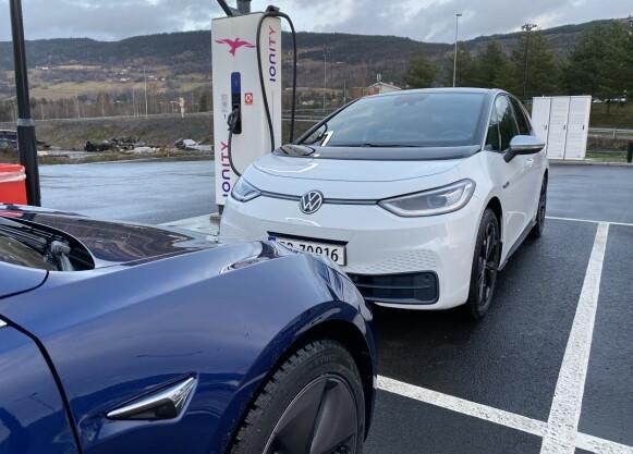 Hvilken er best - Tesla Model 3 eller VWID.3?