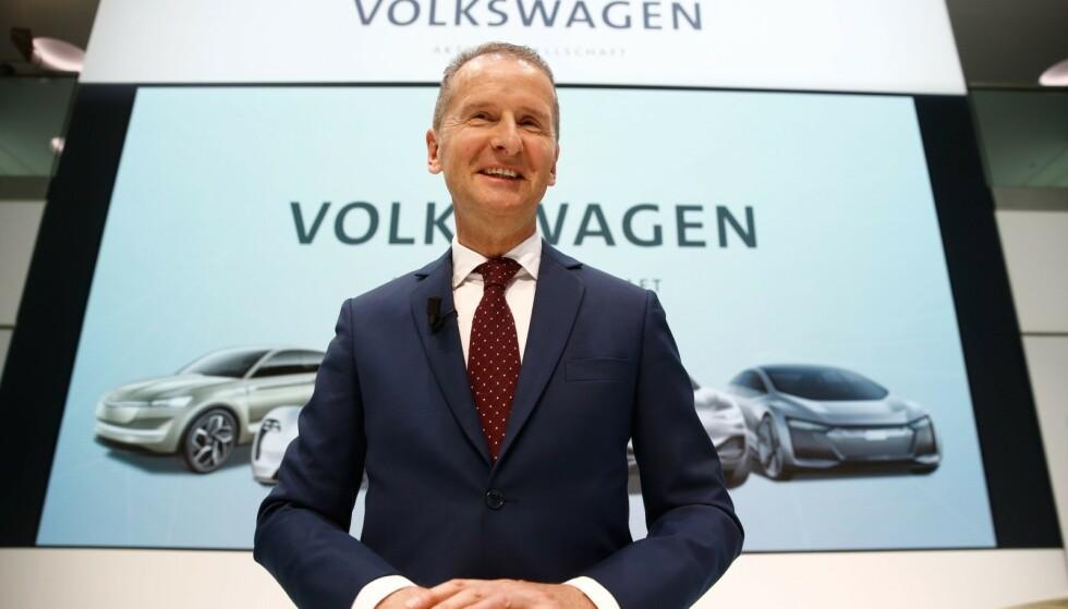 NÅ GJELDER DET: VW-gruppen Herbert Diess har ambisiøse planer for elbilproduksjon i Tyskland. Foto: NTB