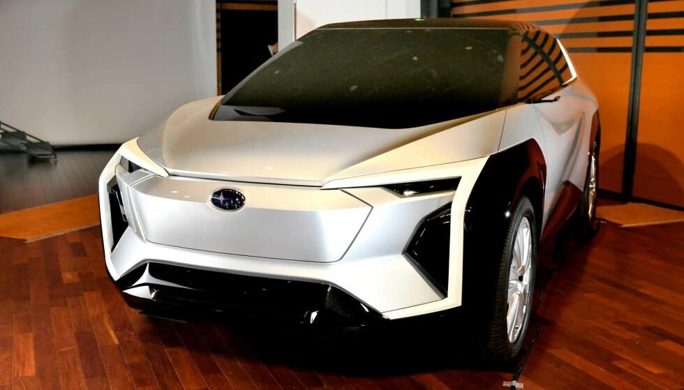 EVOLTIS: Det er ventet at Subaru vil slippe detaljer om sin første helelektriske bil om ikke så altfor lenge. Den kommer muligens til å ha mange likhetstrekk med konseptbilen Evoltis. Foto: Subaru.
