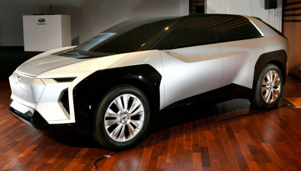 LENGTER ETTER EL: Her er Subarus konseptbil Evoltis. Nå venter norgessjefen på at selskapet skal slippe detaljer om en produksjonsmodell som kan sette ny fart på Subaru-salget i Norge. Foto: Subaru