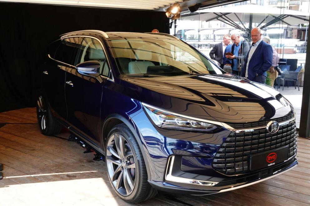 STOR EL-SUV: BYD Tang tar opp konkurransen blant annet mot Audi e-tron, som etter alt å dømme blir Norges mest solgte bil i 2020. Foto:: Fred Magne Skillebæk