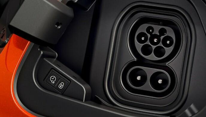 CCS: Denne kontakttypen er den mest vanlige i dag, og benyttes også på nyere Teslaer. Foto: Ford