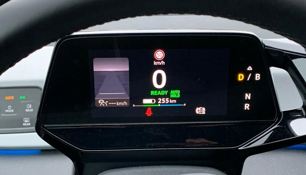 REELL REKKEVIDDE: Mange opplever at elbilen går kortere enn produsentens egne målinger. Nå kan du dele dine erfaringer med Elbil24s lesere. Foto; Bjørn Eirik Loftås