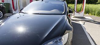 Tesla tilbakekaller biler i USA