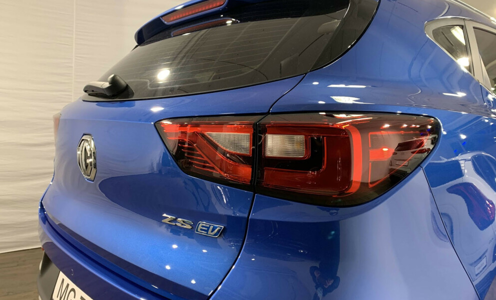 FAMILIE-SUV: Med en startpris på 239.900 kroner er MG ZS EV en av Norges rimeligste familiebiler. Foto: Bjørn Eirik Loftås