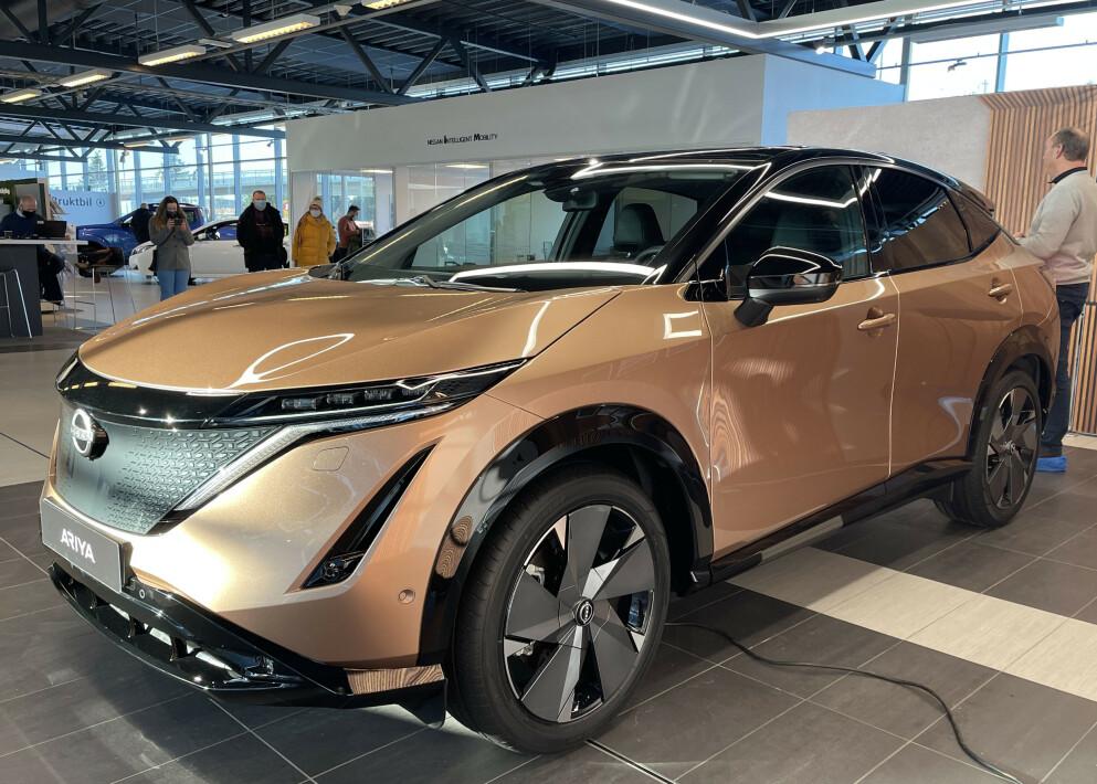 KAN BLI STORSELGER: Førsteinntrykket vårt av Nissan Ayria er meget godt. Til sommeren starter forhåndssalget. Foto: Bjørn Eirik Loftås
