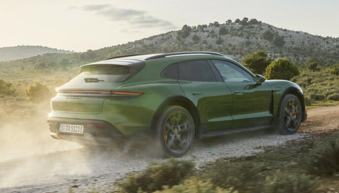 HYTTERACER: Og det både sommer som vinter. Foto: Porsche