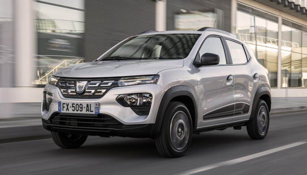 DACIA SPRING: Bilen er en Renault, men i enklere og rimeligere utførelse. Da kaller de den Dacia, og modellen heter Spring. Foto: Dacia