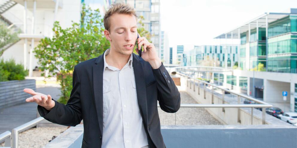 Irritasjon: Lang svartid hos forsikringsselskapene er en av tingene som irriterer kundene. Foto: 123rf