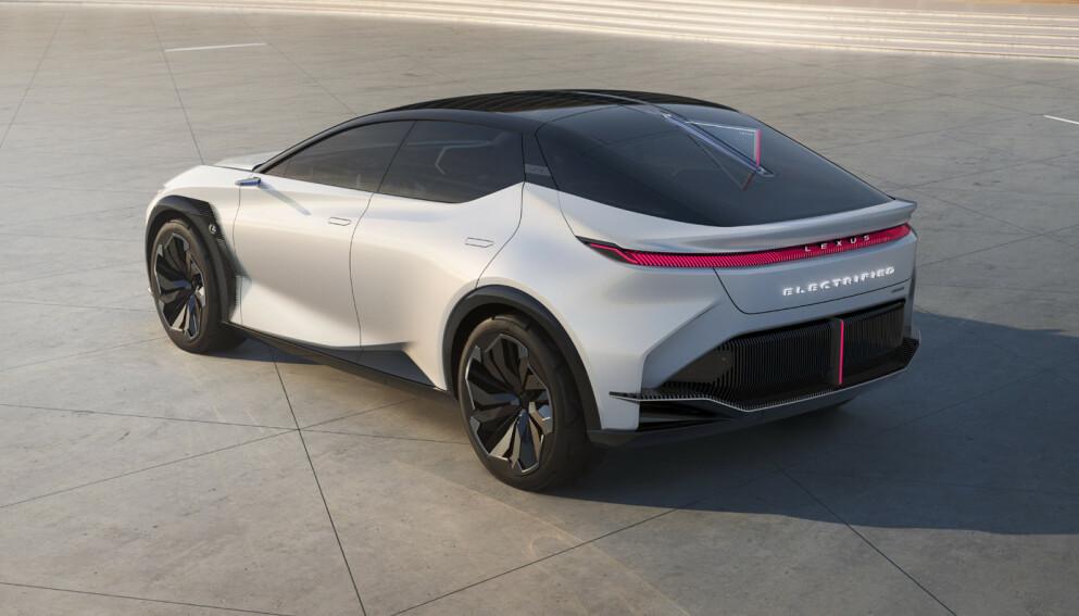 LEXUS LF-Z: Lexus har designet sin nye elbil som en kupéformet crossover. Foto: Produsenten