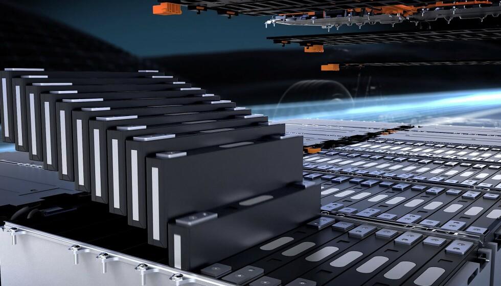 PRISMATISKE CELLER: EQS har 12 moduler med 18 celler i hver, som samlet blir 107,8 kWh. Illustrasjon: Produsenten