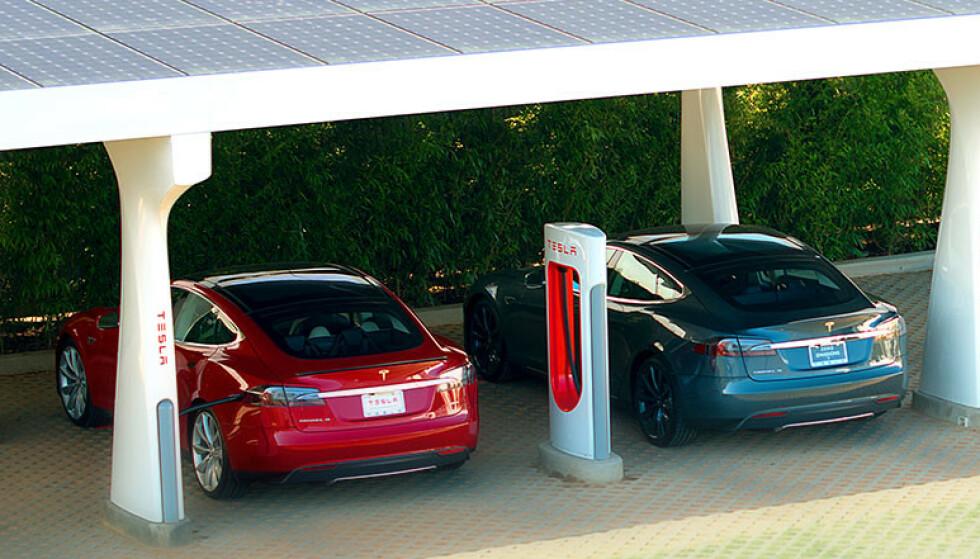 Superlader: Tesla skal åpne ladere på tre nye steder i Oslo, i tillegg til Ibsen-kvartalet. Foto: Tesla