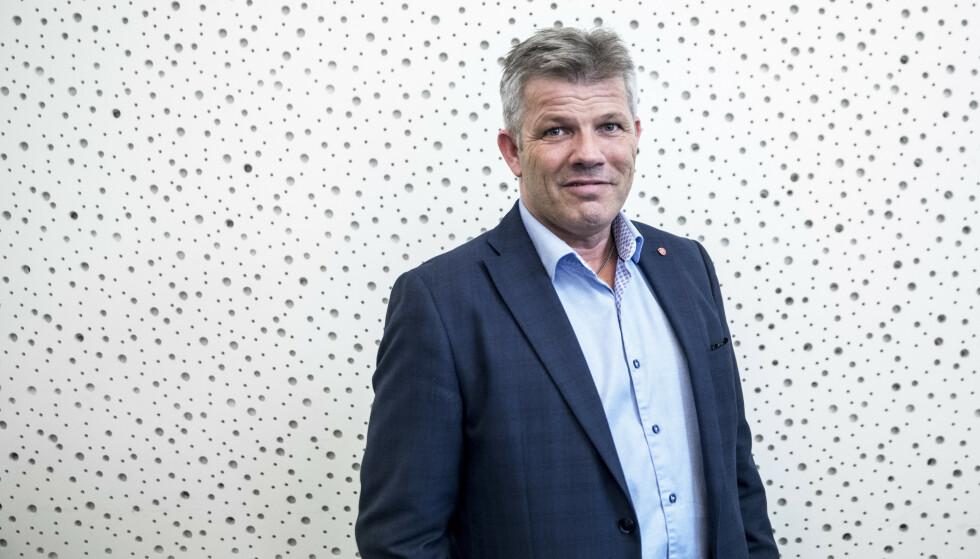 VARSLER ENDRINGER: Arbeiderpartiet vil blant annet kutte momsfritak på dyrere elbiler. Foto: Ole Berg-Rusten / NTB