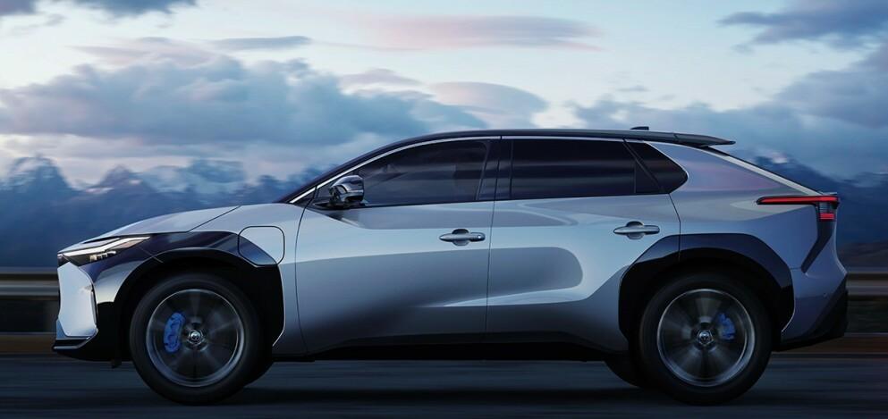 TOYOTA bZ4X: Lanserer en firehjulsdrevet crossover som kommer neste år. Foto: Toyota