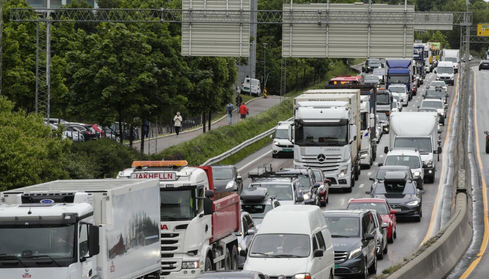 REKORD: Aldri før har det vært flere personbiler i kjøretøybestanden. Snittalderen er 10,8 år. Foto: Vidar Ruud / NTB