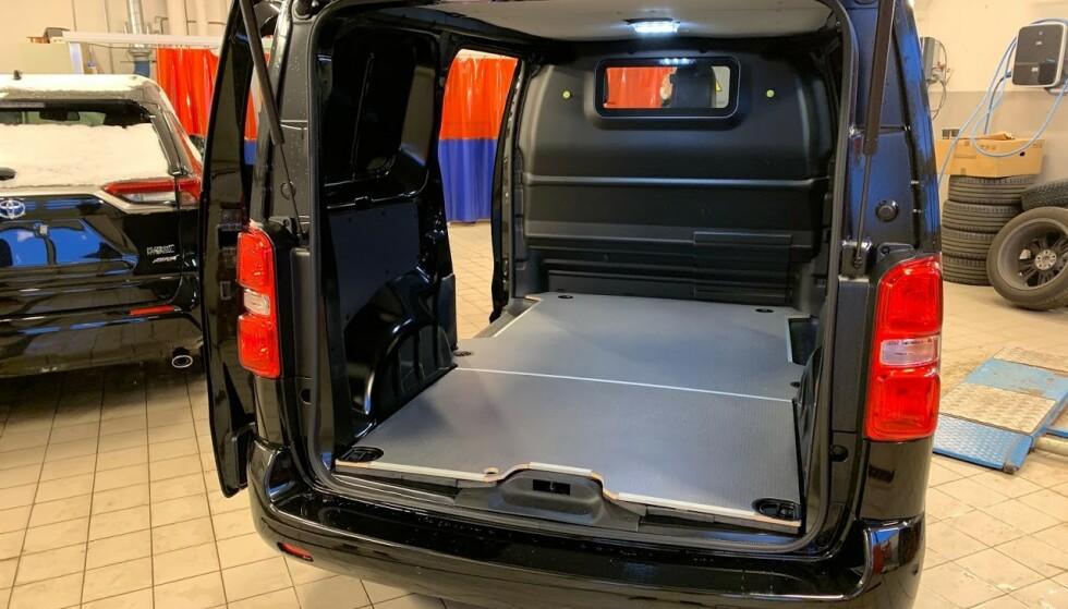 GUNSTIG: Svært mange velger nå elektrisk varebil, mye takket være godt utvalg og ikke minst - støtte fra Enova. Foto: Bjørn Eirik Loftås