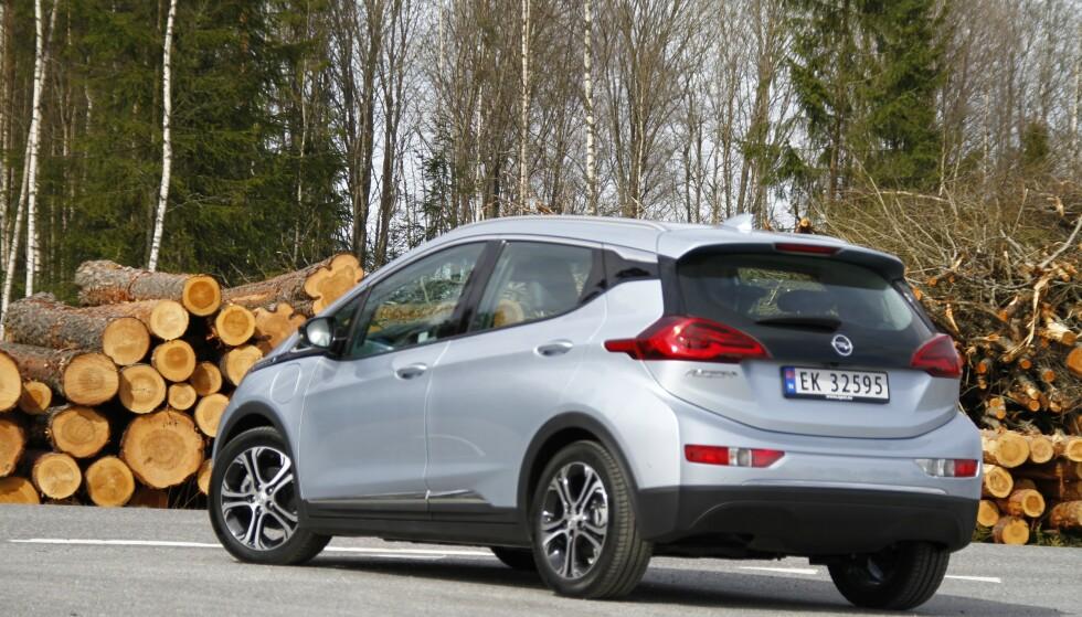 Opel Ampera-e: Bilen kom i 2017, og fristet med lang rekkevidde. Foto: Fred Magne Skillebæk